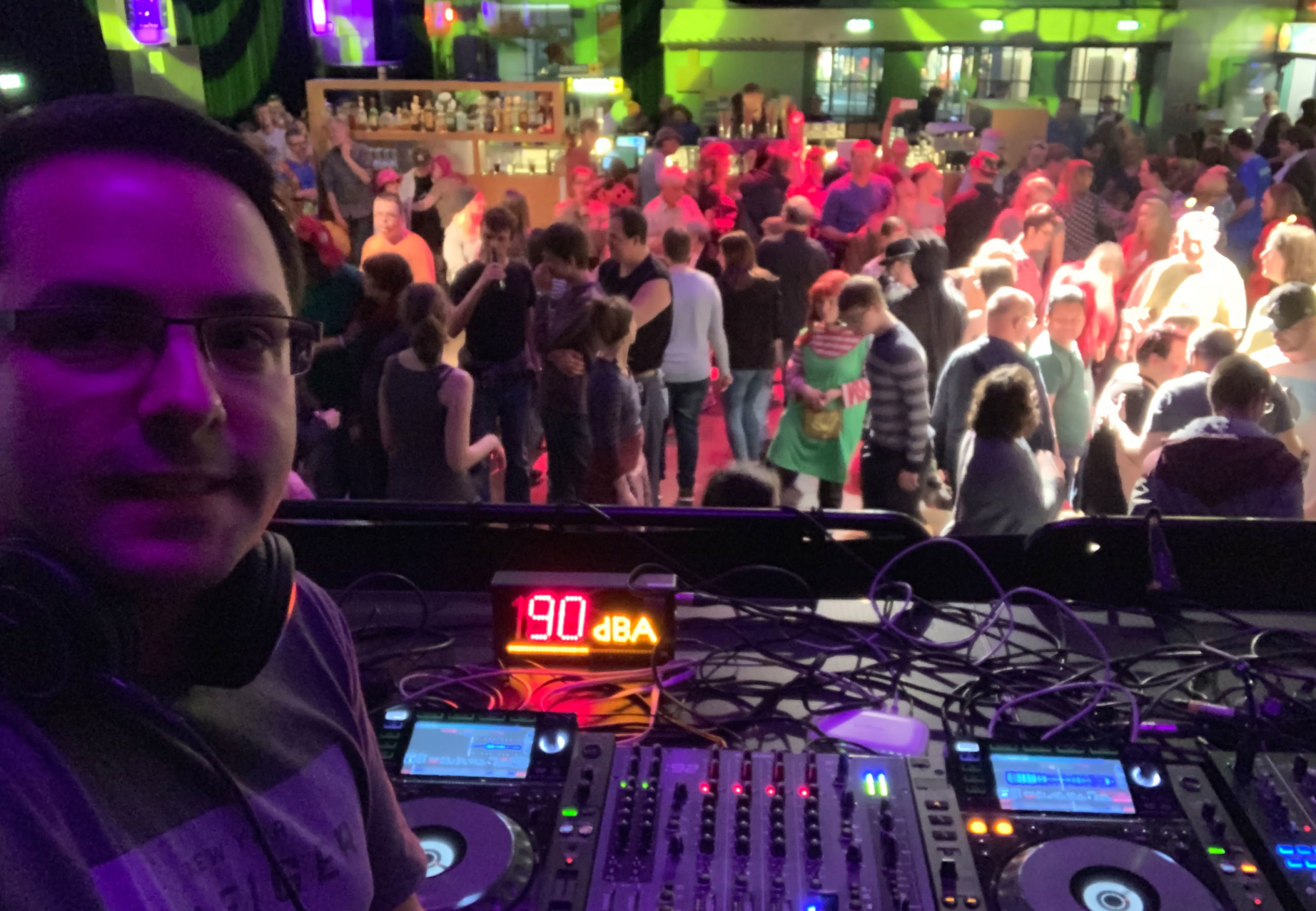 Club-oder-Sozial-1300x900
